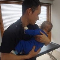 乳幼児背中の施術